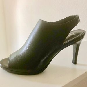 Trendy and comfy Black Franco Sarto sandals-bootie
